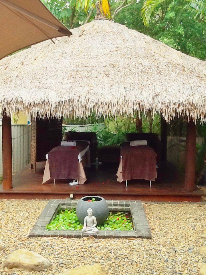 Couples massage Bali hut