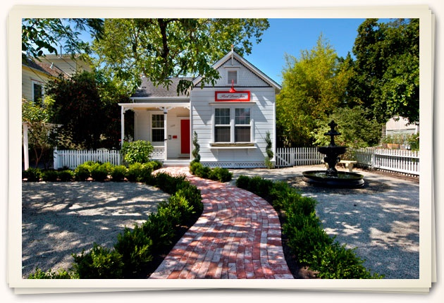 Napa Valley Bed & Breakfast in Downtown St. Helena, CA