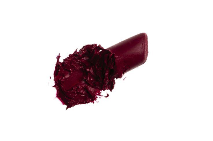 LO4 Long Lasting Matte Lipstick in Vintage Red. True blue undertone. www.dalishcosmetics.com