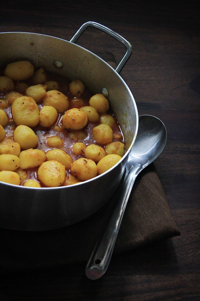 love food eat: My favorite Bengali Aloor Dum | Desi food in 2019