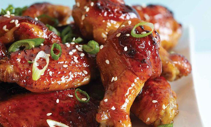Même si les ailes de poulet glacées au miel et à l'ail sont bien connues, la combinaison de vinaigre balsamique et de miel vous fera saliver.  | Le Poulet du Québec