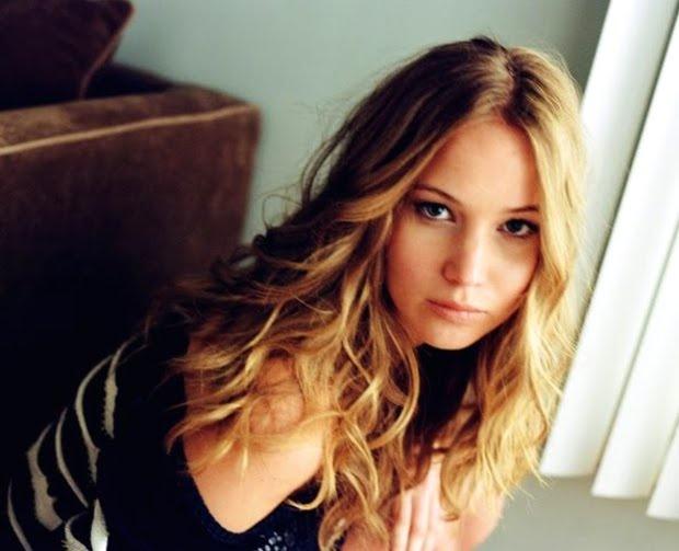 Jennifer Lawrence hair. I love that color!