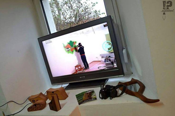 aufjedeart artist live at work !? @holzdesignzaus /Tour/germany/job/from Berlin to thierstein/ #aufjedeart#moridgraff#job#yoda#starwars#wall#room#thierstein#bayern#thierstein#franken#oberfranken#holzdesign#zaus#libe#tv#camera#google#artist#work#star#wars#tour#graffiti#can#fotototal#insta#wood#wooddesign