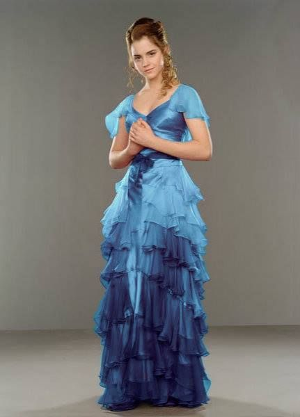 Hermione Yule Ball Dress- this is what it should've looked in the movie, blue not pink..... Anyone else thinking of the fairies from Sleeping Beauty?