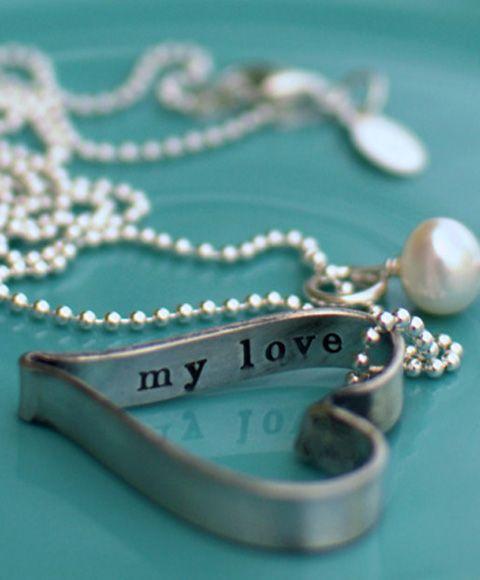 Love pearls! secret love message heart