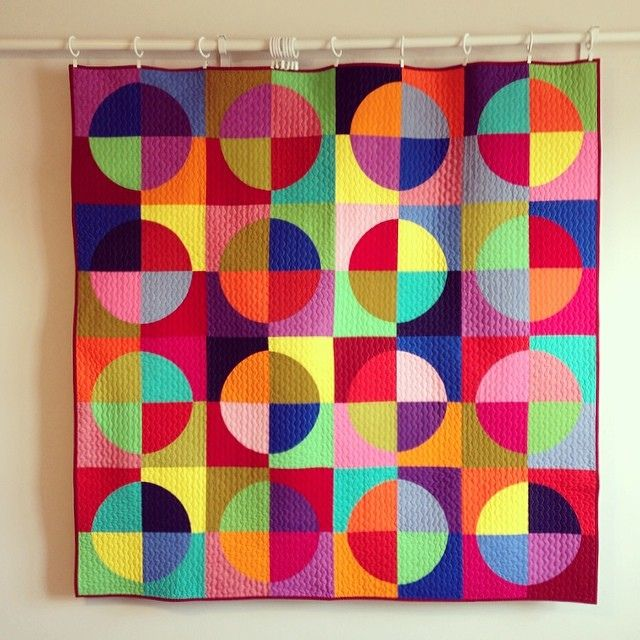solids drunkards path | by Tricia Royal of bitsandbobbins.....COLOR AWESOMENESS!!!!!