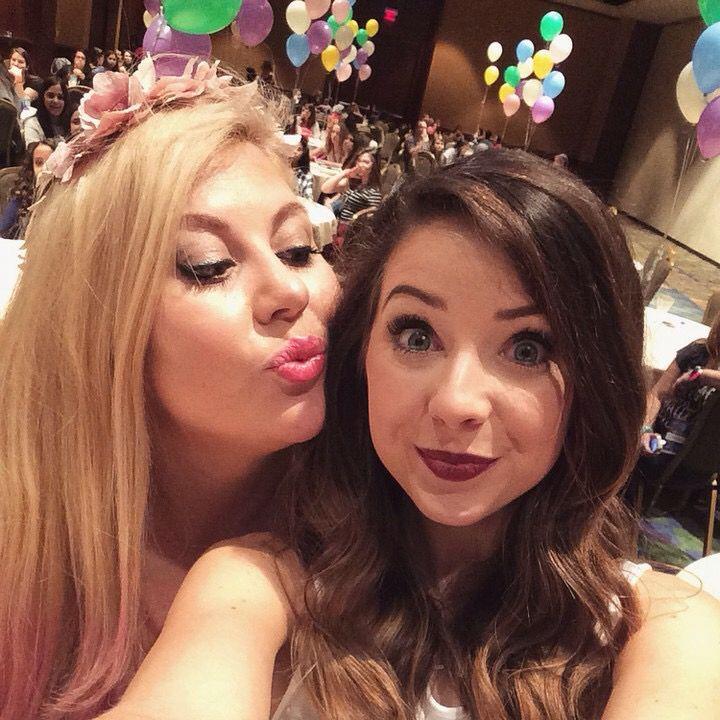 I wish I had a friendship like Loiuse's and Zoe's!