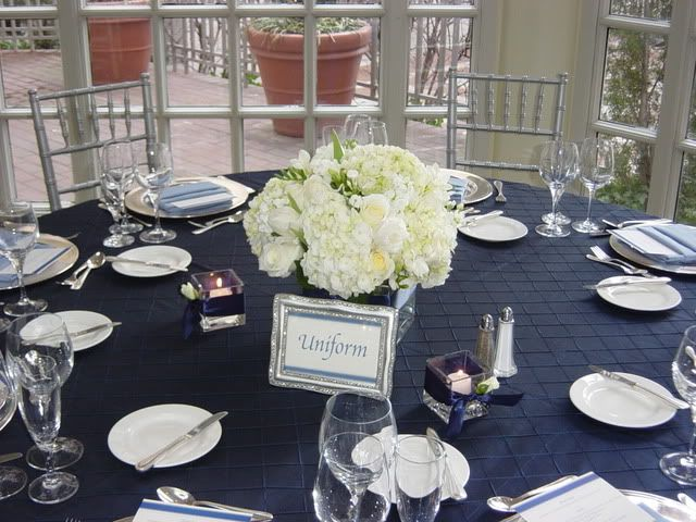 25 best ideas about blue wedding centerpieces on for Midnight blue centerpieces
