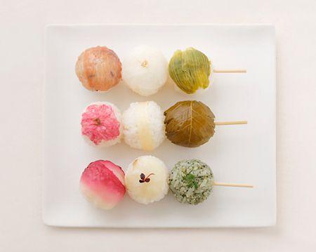 お花見に持っていく、「おだんご手毬ずし」を作る 前篇|伊藤維のわくわくさせる持ちよりごはん|CREA WEB(クレア ウェブ)