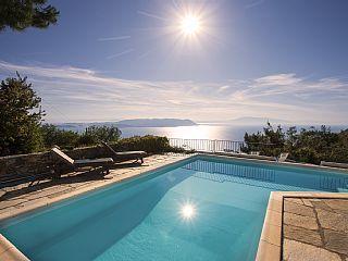 Privates+&+ruhig+gelegenes+Haus+mit+eigenem+Pool+und+atemberaubendem+Aussicht+++Ferienhaus in Thessalien von @homeaway! #vacation #rental #travel #homeaway