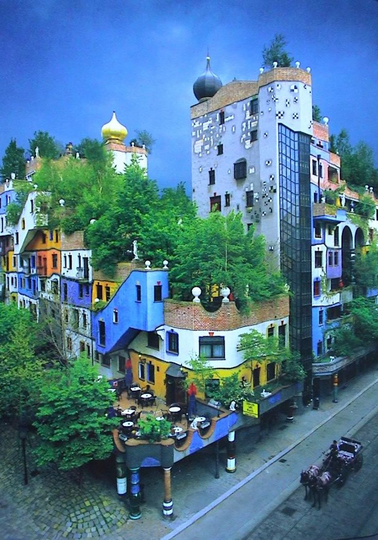Hundertwasserhaus vienna buildings i love pinterest for Modernes haus wien