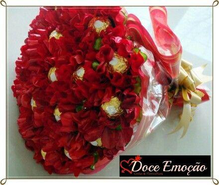 Bouquet de rosas con chocolate