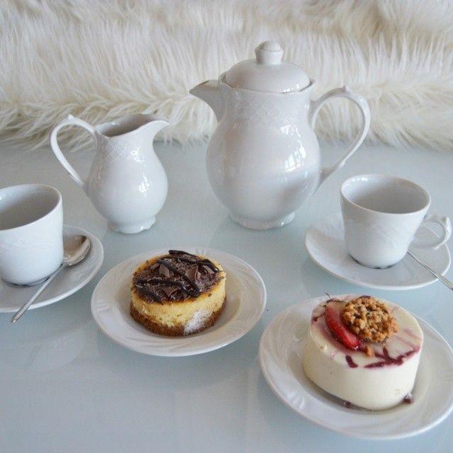 cake, coffee