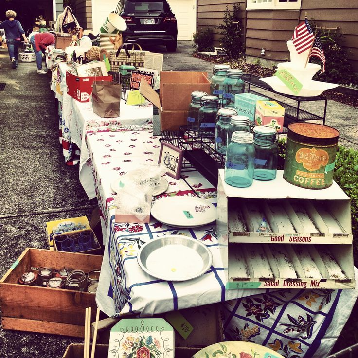 An epic morning at the Eastmoreland neighborhood yard sale in Portland! I was an early bird at @magpieethel 's sale. Now my car is full and my wallet is empty. Perfect. #yardsale #garagesale #portland #junk #cashonlyplease