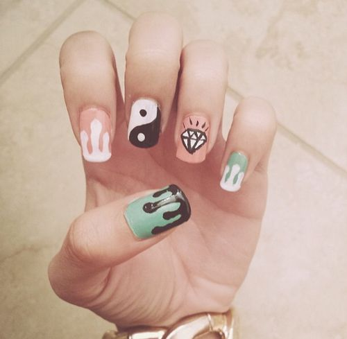 nails , nail art , grunge , hipster , yin yang , punk