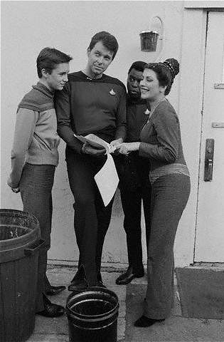Rare Star Trek: The Next Generation Pictures. And season one too!! Beardless Riker, and Wesley's sweater isn't dead yet!! •~•HRM•~•