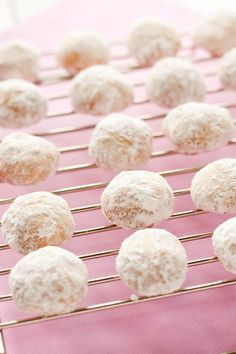 Almond Italian Wedding Cookies Recipe