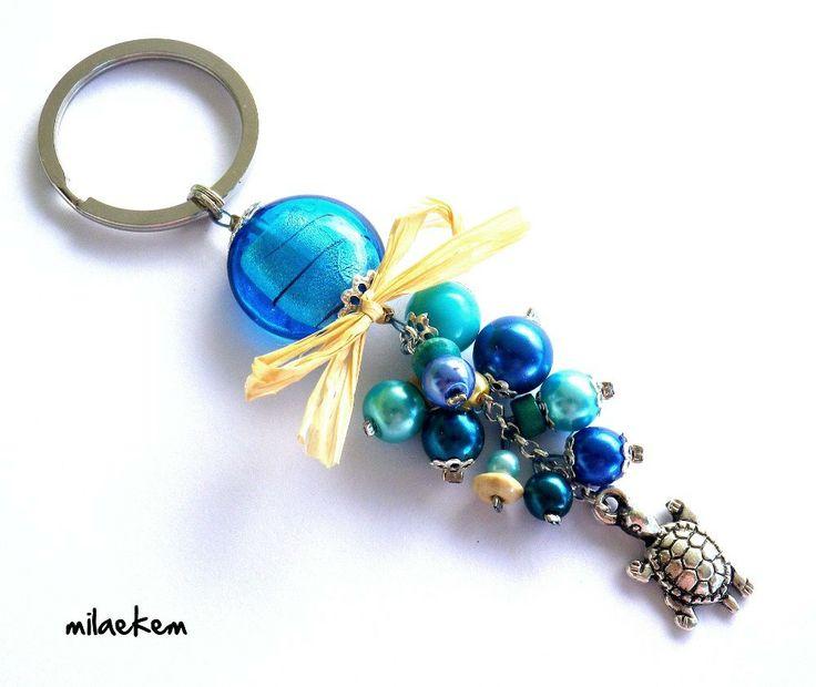 Porte-clés Tortue sur le sable Perle de verre et Grappe de perles bleues : Porte clés par milaekem-bijoux