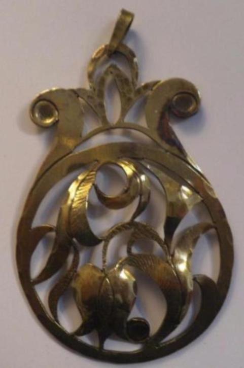 381.Antiek hanger ketting Hand Medaillon messing pendant