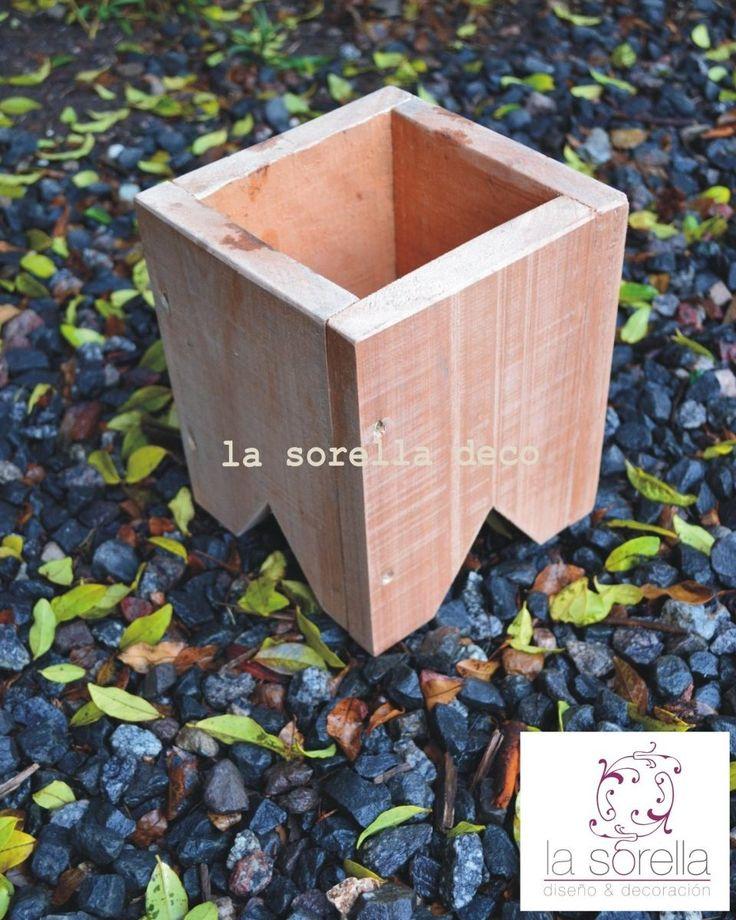 maceta de madera - centro de mesa / decoración
