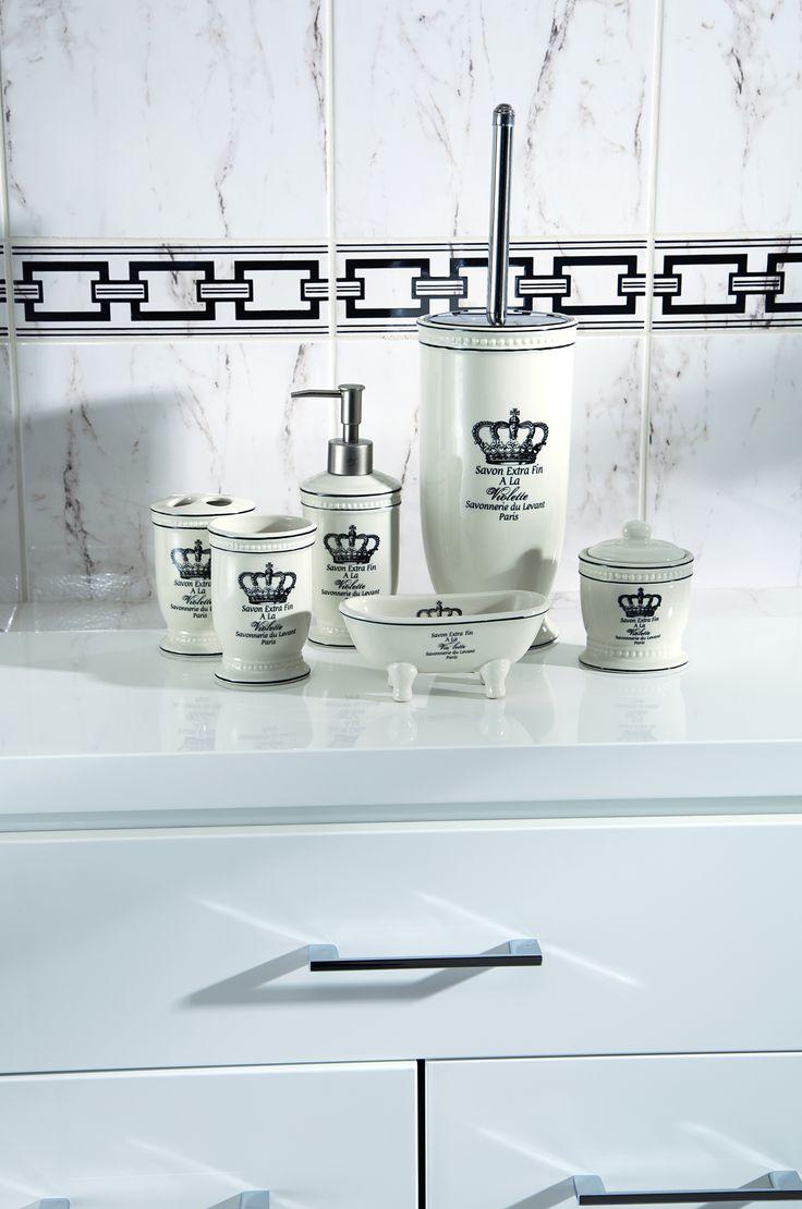 Royal retro accessories #accessorries #obipolska #bathroom #decor #bath #design
