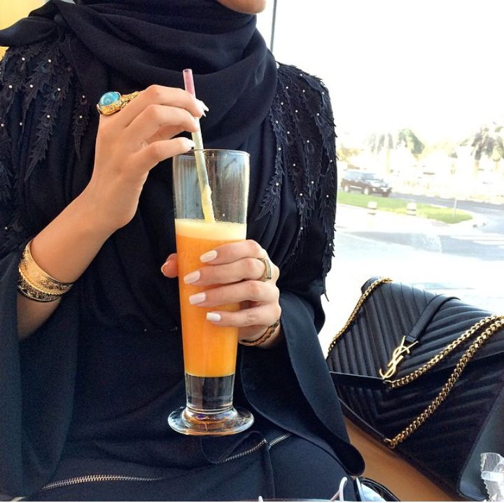 Beautiful in Black - I am in LOVE with Hind Almadani's abaya style!! So...