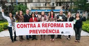Resultado de imagem para protesto reforma previdencia social