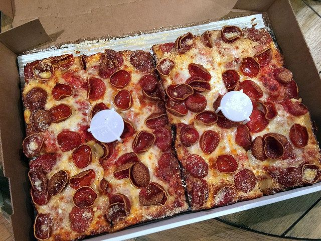 14 items · Find 39 listings related to Jets Pizza in Grand Blanc on moderngamethrones.ga See reviews, photos, directions, phone numbers and more for Jets Pizza locations in Grand Blanc, MI.