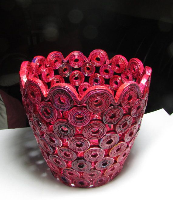 Handmade magazine cachepot vase, red, unique piece, eco friendly, gift, recycling, home deco (without decoration)
