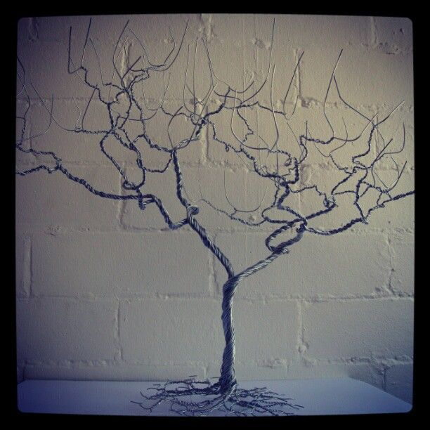 #selftaughtartist #artist #art #abstract #abstractart #sculpture #wire #metal #tree #trees #sydney #Australia #creative #unique #myart #selfexpression #branches #branch #gothic #deadtree #spooky #death #treetrunk #twisted #twistedmetal #wireart