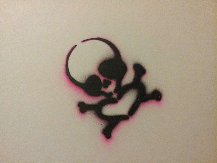 Spray Paint Stencil Ideas Part - 40: Skull Crossbones Heart Stencil