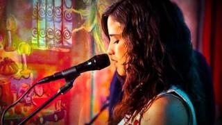 Ximena Sariñana - La Llorona (cover Día de Muertos), via YouTube.