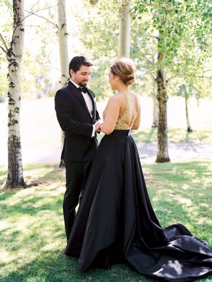 Trending Hopelessly Elegant Black White Gold Outdoor Oregon Wedding