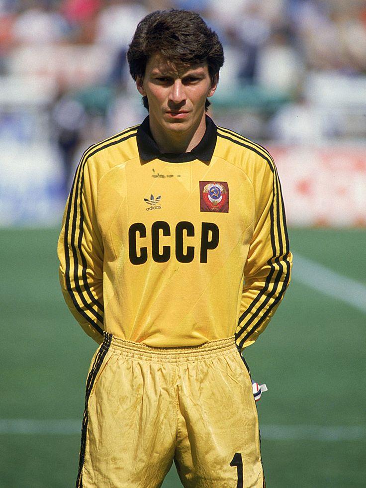Rinat Dasayev - URSS. Despues de Yashin se le considera el segundo mejor arquero sovietico de toda la historia