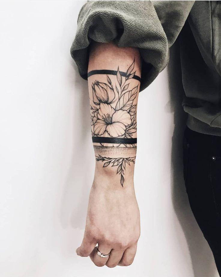 Tattoo Artist @ karina_scawoottt _________________________________ #tattooselect …