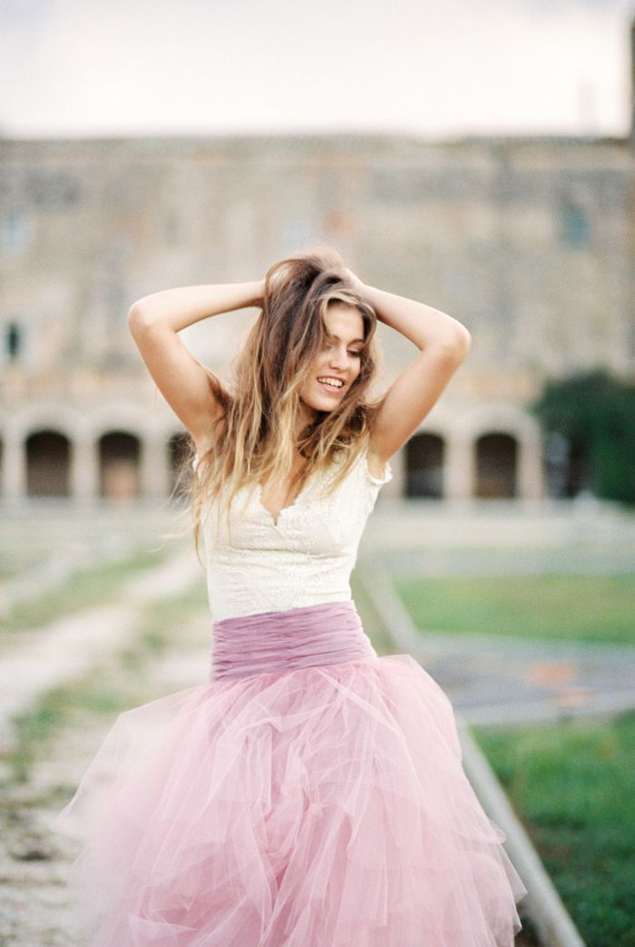 Wedding in Castell de L'Alberg Pink Christmas Wedding inspiration