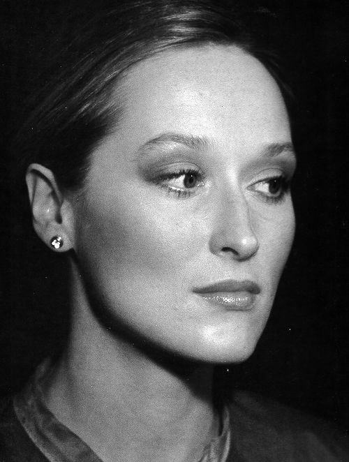 """Meryl Streep - 1979. I'd love to look like this on my """"dressed down"""" days. Or hell, everyday."""