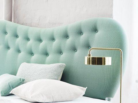 Pastel headboard in beautifull pastel bedroom  Pastel sengegavl i smukt pastel soveværelse Boton Finn sengegavl