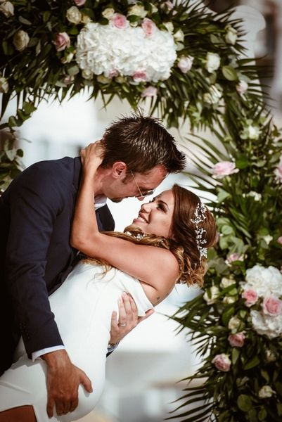 This is love!!!! #happy #people #smile #love #romantic #moments #ideas #inspiration