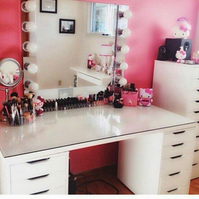 les 17 meilleures images du tableau id e rangement maquillage sur pinterest rangements. Black Bedroom Furniture Sets. Home Design Ideas