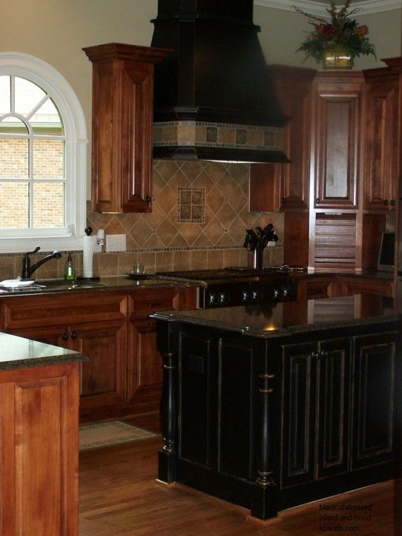 Best 25 black kitchen island ideas on pinterest kitchen for Black painted kitchen cabinets