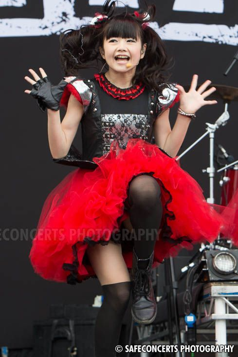 Babymetal @ Sonisphere 2014 - click for next image