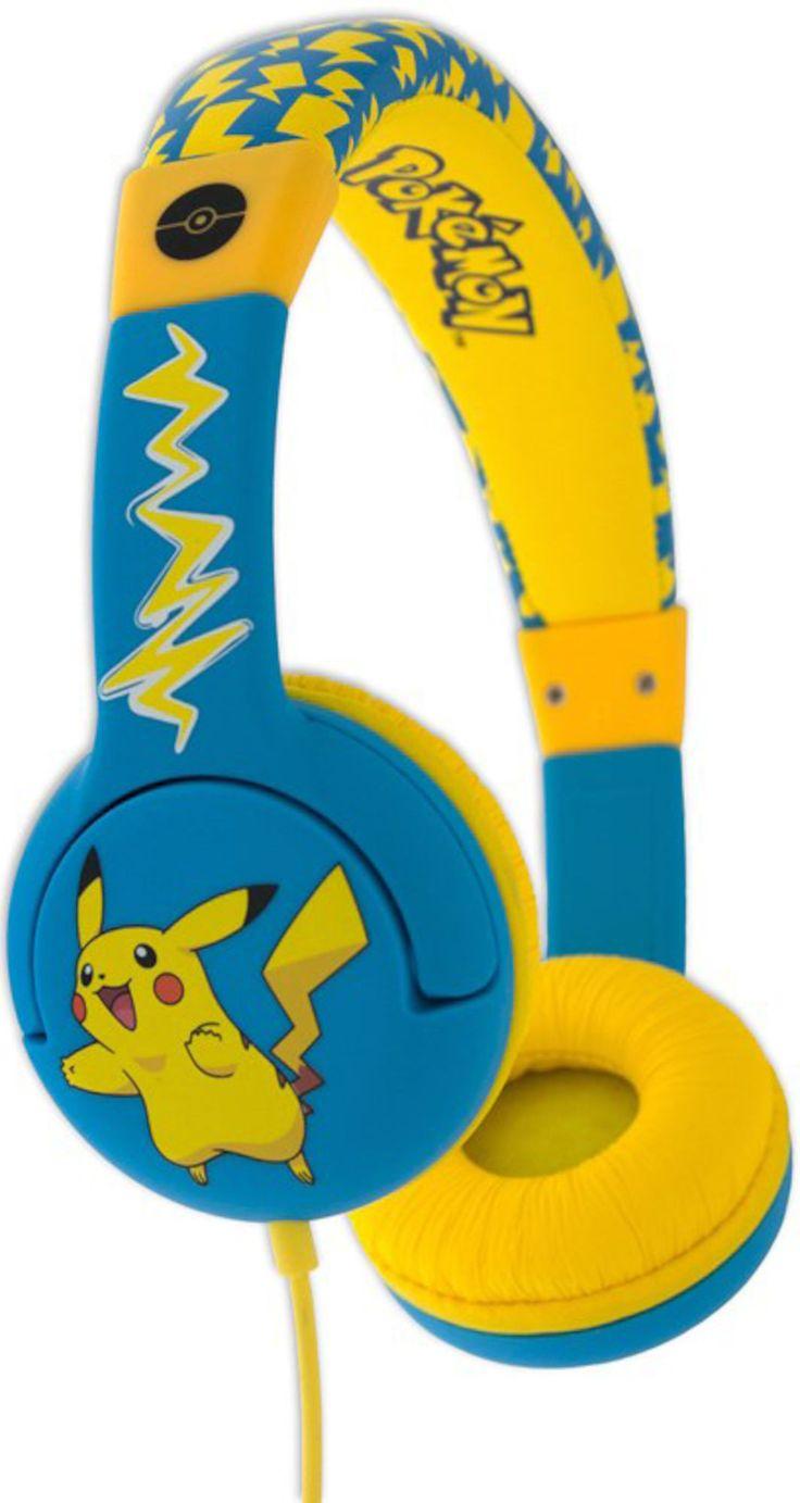 Pokémon Hörlur On-Ear Junior, Blå/Gul är ett par coola hörlurar av typen on-ear med Pokémon-motiv. Hörlurarna är speciellt framtagna för barn med mindre öronkåpor optimerade för barn mellan 3–7 år och en volymbegränsning till max 85 dB för att skydda ditt barns hörsel. Bra kvalitet både fysiskt och ljudmässigt och kompatibel med alla enheter som iPad, iPod, laptop, inlärningsenheter, handhållna spel och smartphones med universell 3.5 mm-kontakt.<br><br>- Justerbar huvudbygel&...