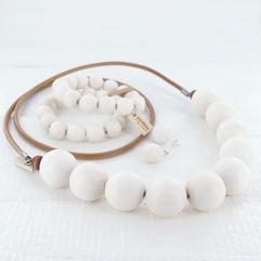 Rento jewelry set by Aarikka