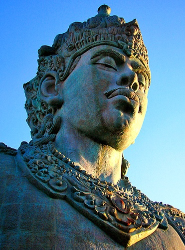 Visnu Statue    Statue of Visnu, Hindu's Gods.   I met this on GWK, bali when went with my mother.    Location : Garuda Wisnu Kencana, Bali.