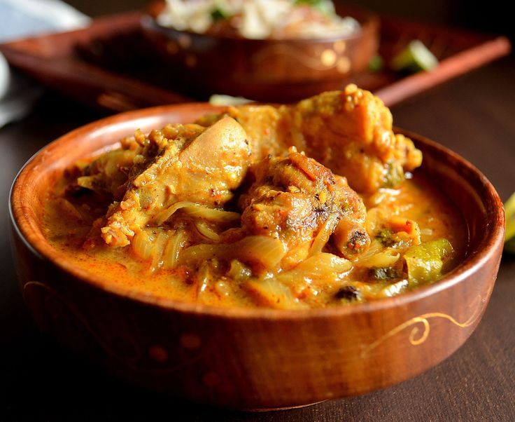 Kerala Style Nadan Chicken Curry (without coconut)