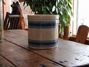 blue banded crock