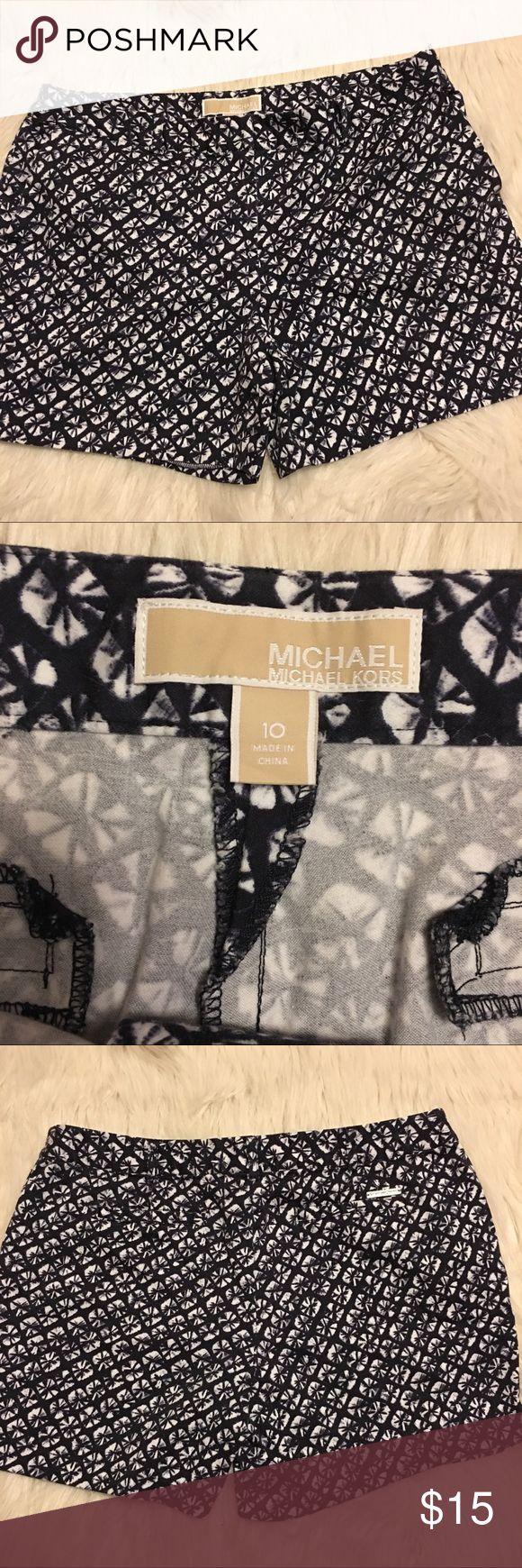 MICHAEL Michael Kors Printed Shorts Size 10,  cute Printed shorts, navy blue/white MICHAEL Michael Kors Shorts
