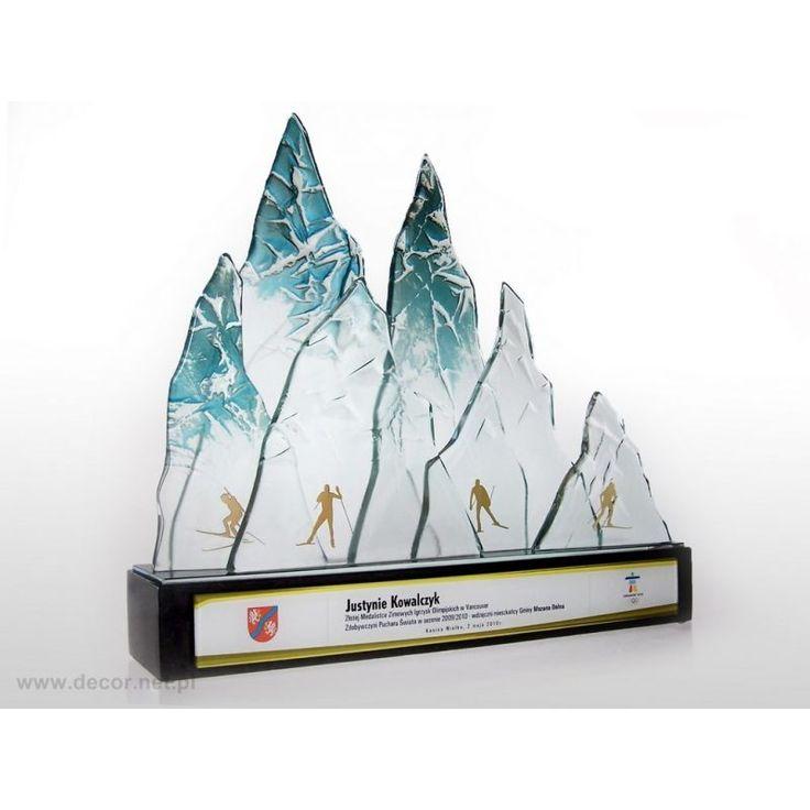 Statuetka szklana PS-368 - Decor | Statuetki Szklane, Puchary, Rzeźby i Gadżety Reklamowe - Justyna Kowalczyk - Puchar Świata w biegach narciarskich