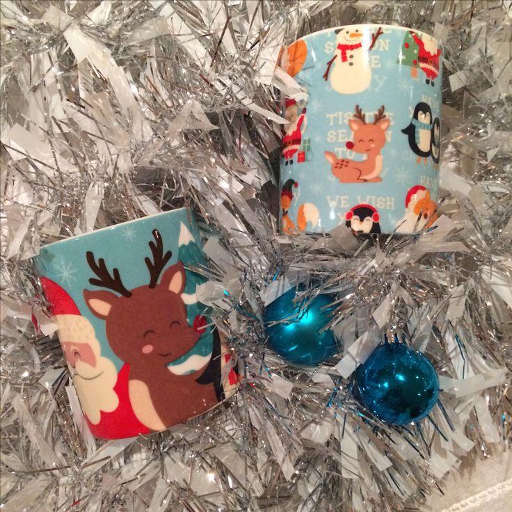 Porcelánové hrníčky s vánočními motivy od Lauren Billingham #vanoce #hrnek #homedecor #christmas